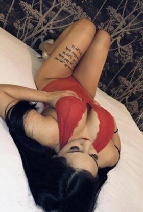 Sexy Adina